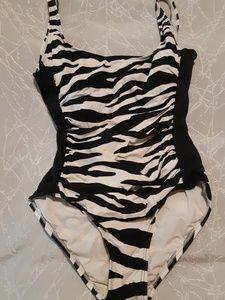 Carmen Marc Valvo Zebra Print 1pc Swimsuit Size 10